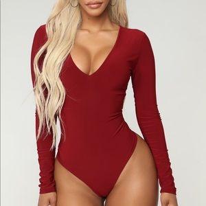 Fashionova bundle of 2 bodysuits